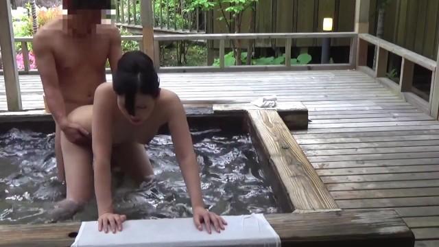 【混浴温泉】混浴温泉で見かけた美魔女とSEXまでもっている一部始終を隠し撮り!