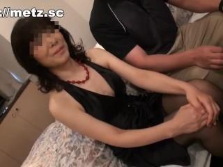 【四十路】輪姦される熟女の妻を見て興奮する旦那w